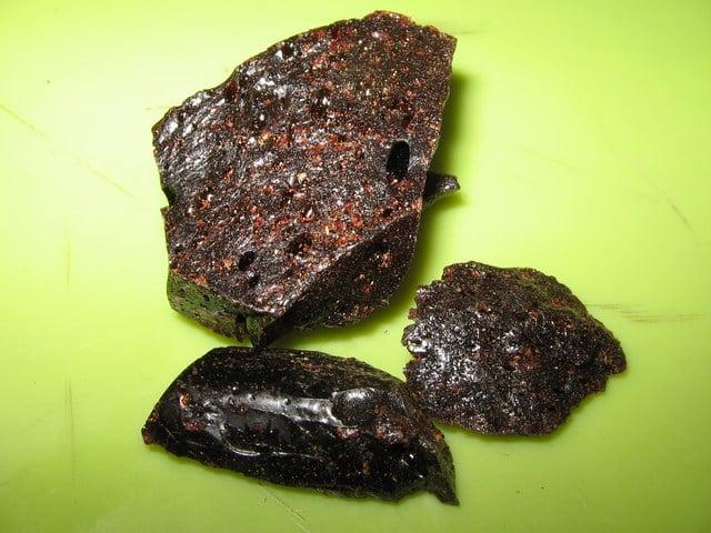 smoking kratom resin and extract